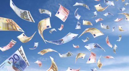 Intesa Sanpaolo. Pioggia di denaro a maggio, ma non è tutto oro quello che luccica